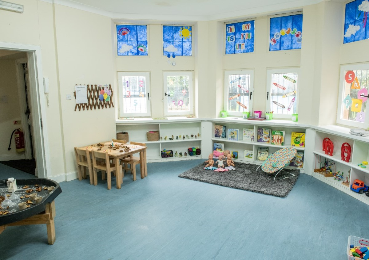 Glencoats Lodge Nursery 2-3 room