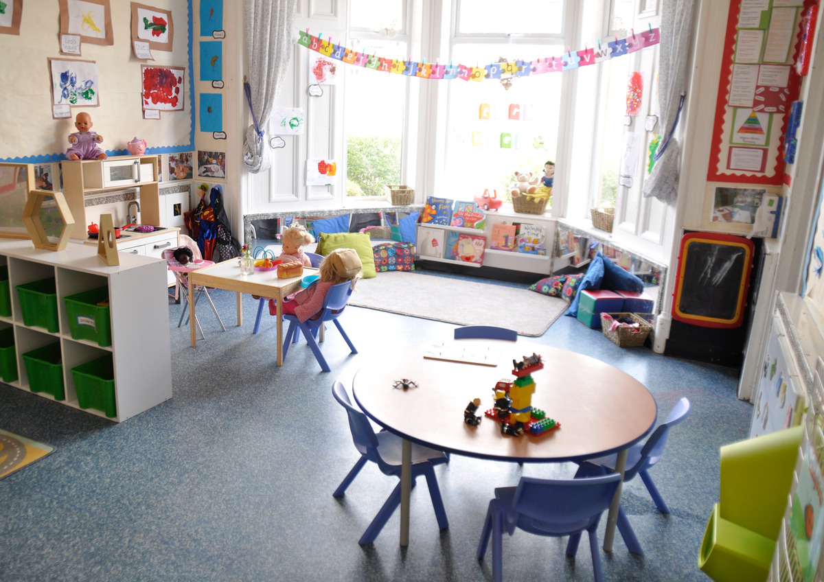 Mayfield Nursery 2-3 room